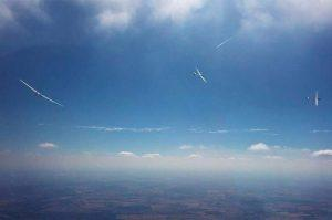 Gliders soar in a thermal